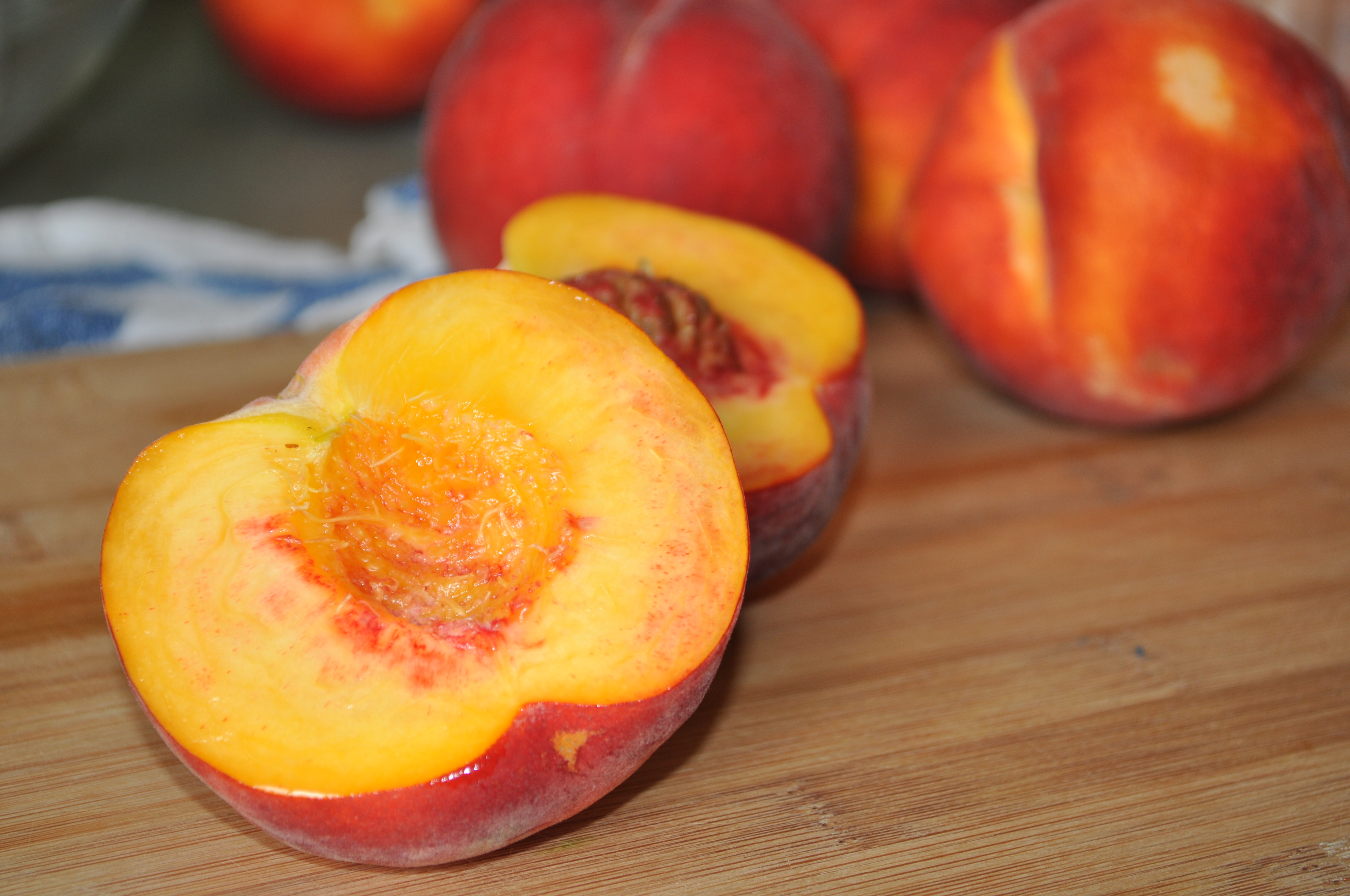 cups peeled and chopped peaches (about 7 large peaches) 1/4 cup ...